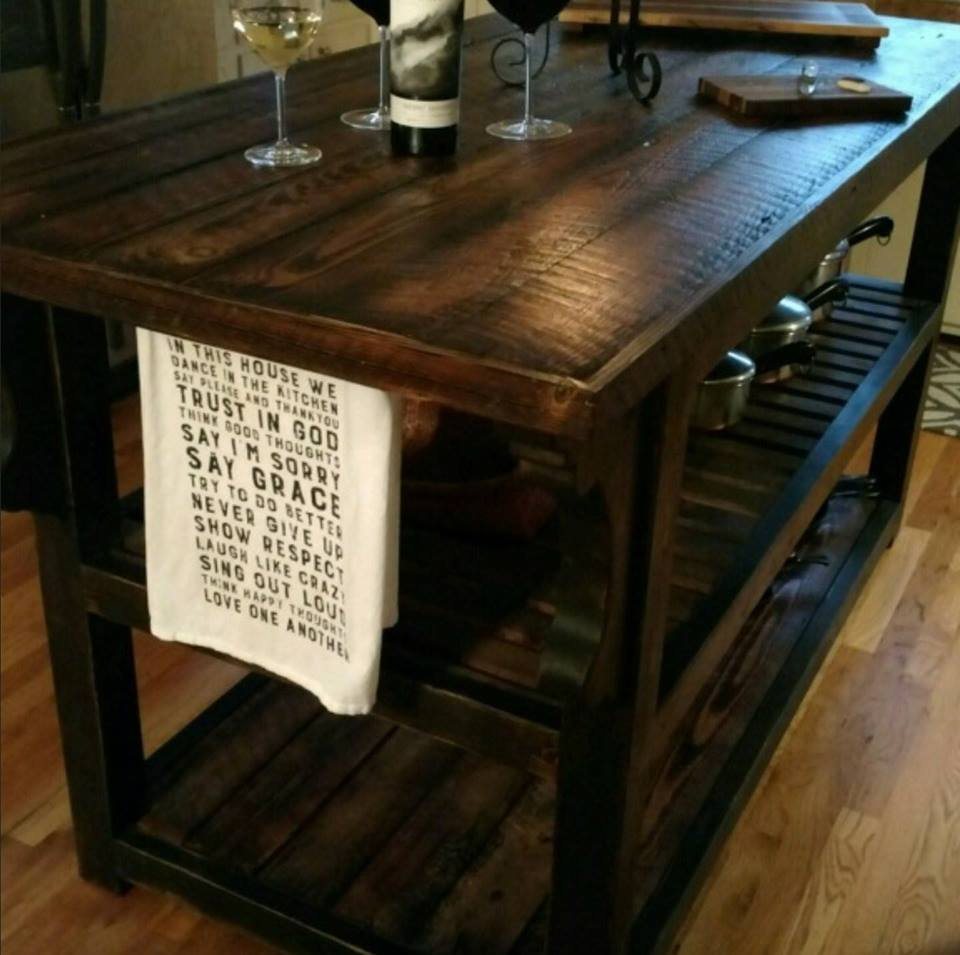 Simply Amazing Woodwork Rustic Décor