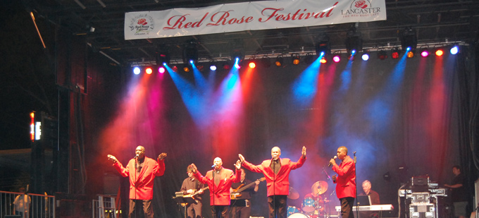 Red Rose Festival, the town's annual celebration
